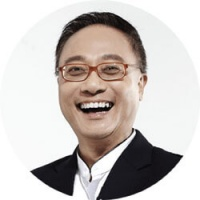 Eddie Chau